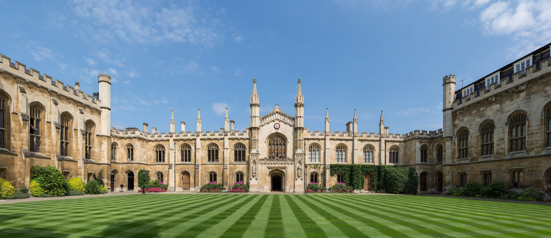 منحة للحصول على الدراسات العليا في جامعة كامبريدج إليك الشروط