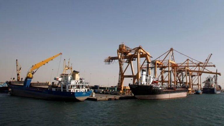 مليشيا الحوثي تعلن دخول سفينة محملة بالغاز إلى ميناء الحديدة