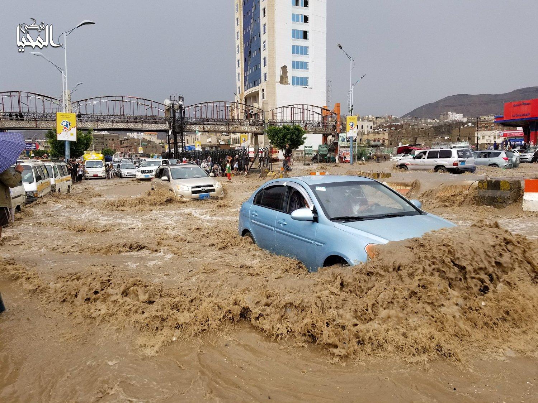 الدفاع المدني بصنعاء يصدر تحذيرا عاجلا