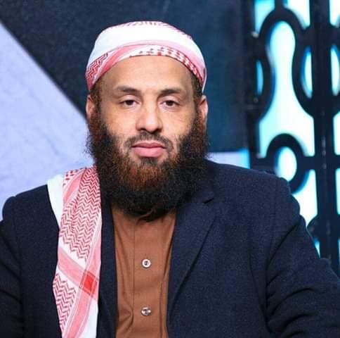 محمد عيضة شبيببة : يقولون لو كان الحوثي هو الذي قَصَفَ المعسكر لأعلن عن مسؤوليته! لأن الحوثي يُعلن ولا يخاف!!